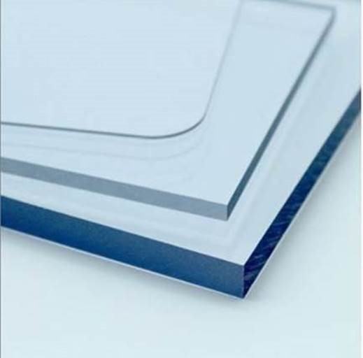 Femoglas en la constante búsqueda de productos que sean un aporte a la industria, incorpora a su línea  Policarbonato Compacto